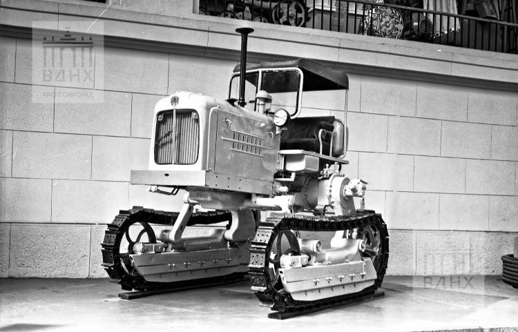 Трактор АТ 40