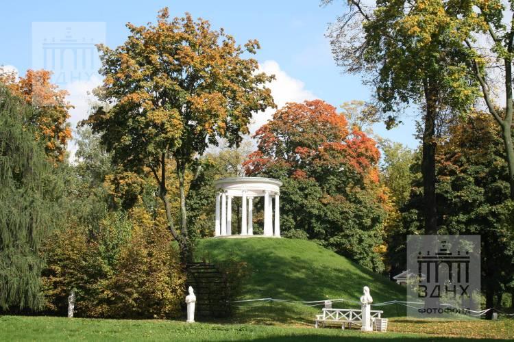 Беседка «Миловзор» в парке Останкино