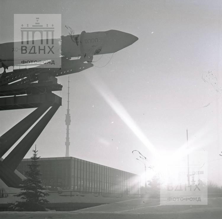"""Макет ракеты-носителя """"Восток"""""""
