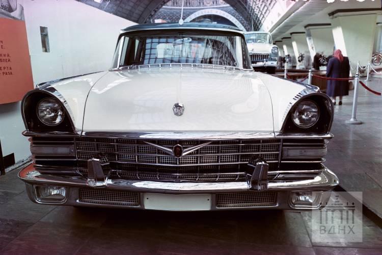 Экспозиция автомобильной промышленности СССР (1961)